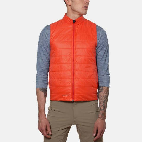 Giro_F13_Insulated-Vest_Glowing-Red_02
